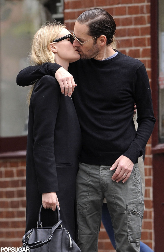 Kate Bosworth and boyfriend Michael Polish kissed on the streets of the West Village in NYC.