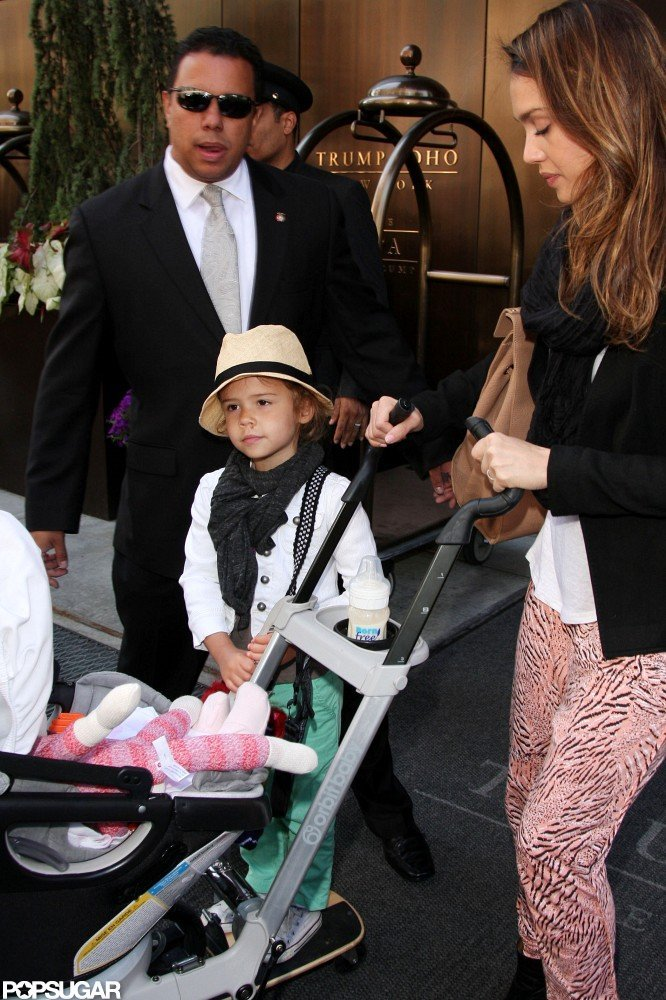 Jessica Alba left her NYC hotel with her daughters, Honor and Haven, packed and ready to travel.