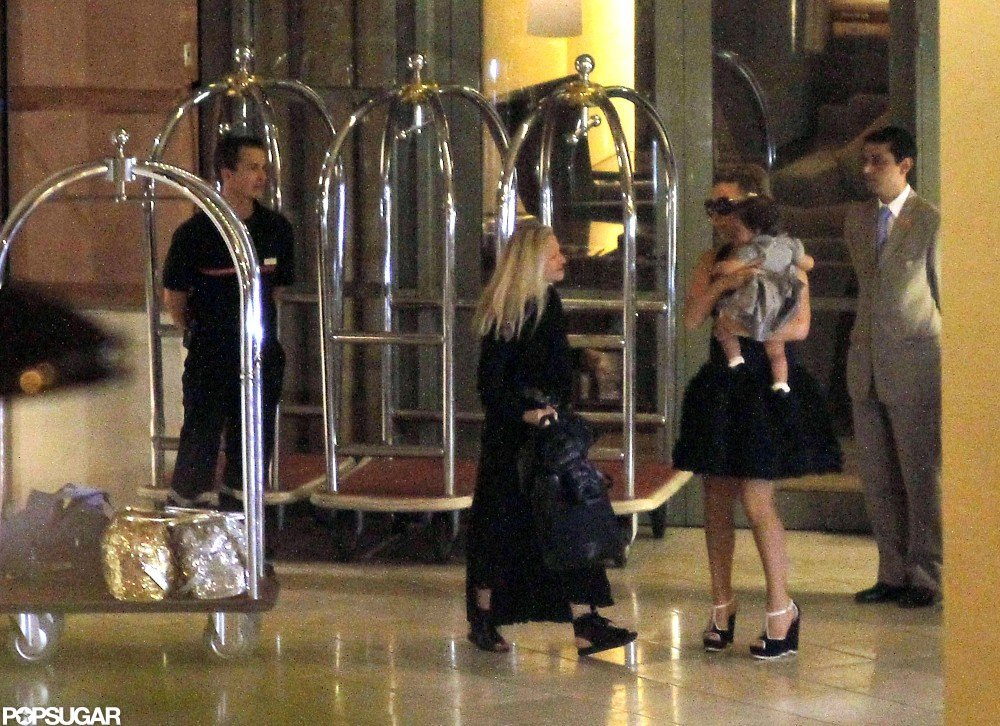 Mariah Carey arrived in Nice with her daughter Monroe Cannon on her hip.