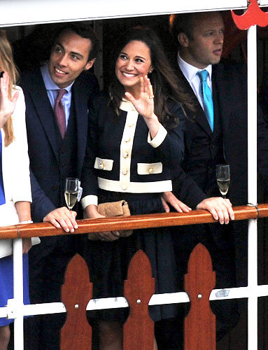 Pippa and James Middleton Wave Hello
