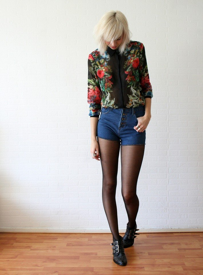 Sans tights, this floral blouse and high-waisted shorts combo get an edgy boost via studded boots.  Photo courtesy of Lookbook.nu