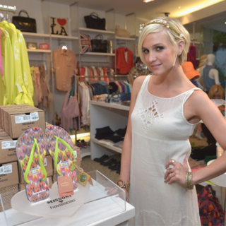 Ashlee Simpson at Missoni Havaianas Event