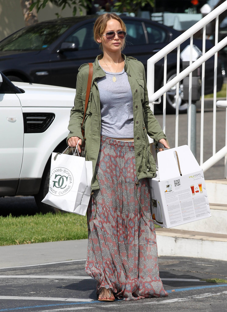Jennifer Lawrence had her hands full as she ran errands in LA.