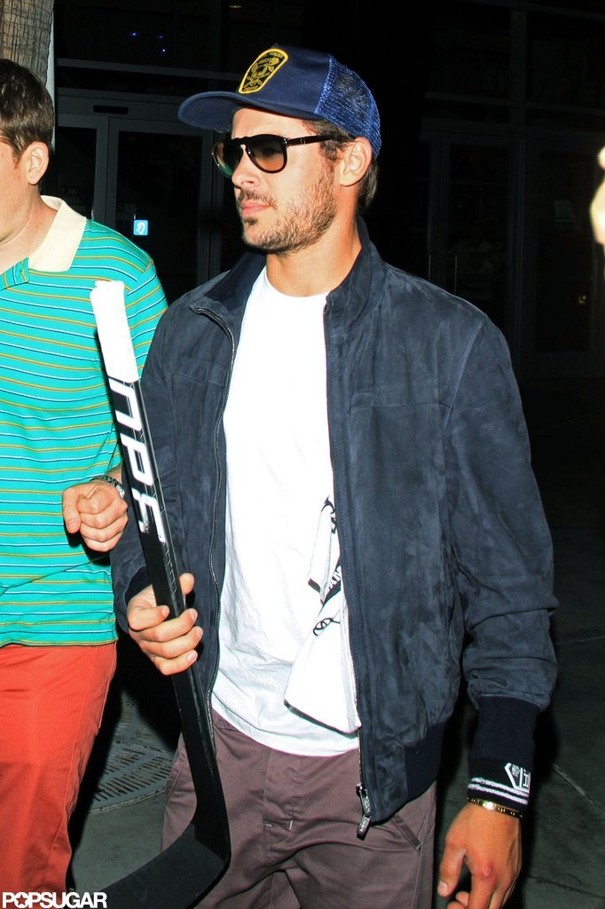 Zac Efron arrived at the LA Kings Stanley Cup final game in LA.