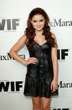 Ariel Winter showed off a new hair color at the event.
