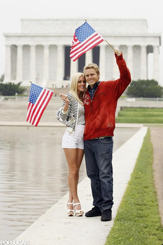 Heidi Montag and Spencer Pratt waved flags at the nation's capital in April 2008.