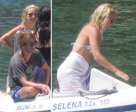 Kate Hudson Slips Into a Bikini on a Grecian Holiday With Goldie and Kurt