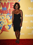 Viola Davis had a glamazon moment in a curve-conscious black Max Mara strapless confection, which she finished off with equally sexy black strappy heels.