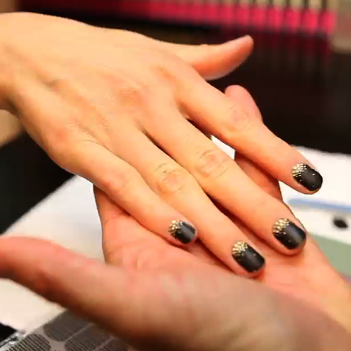 L'Oréal Nail Artist Tom Bachik Shows Us How to Use Nail Art Stickers