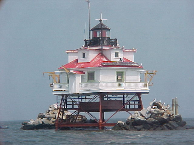 Thomas Point Shoal Lighthouse: Chesapeake Bay, MD