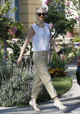 Gwen Stefani strolled out of her parents' home on Father's Day in LA.