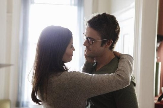 Mercedes Masohn and Robert Buckley on 666 Park Avenue. Photo copyright 2012 ABC, Inc.