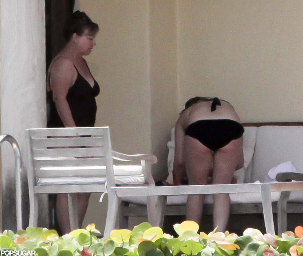 Hilary Duff wore a black bikini and hung out with Luca and her mom in Mexico.