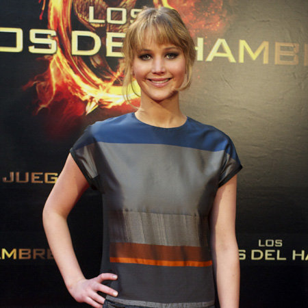 Jennifer Lawrence Rescues a Teenage Girl Who Fainted on Her Front Lawn