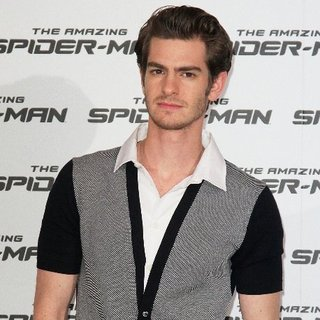 Andrew Garfield on The Daily Show Talking Spider-Man