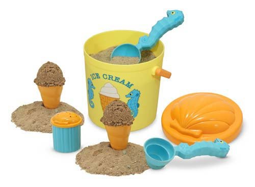Melissa &amp; Doug Speck Seahorse Sand Ice Cream Set ($15)