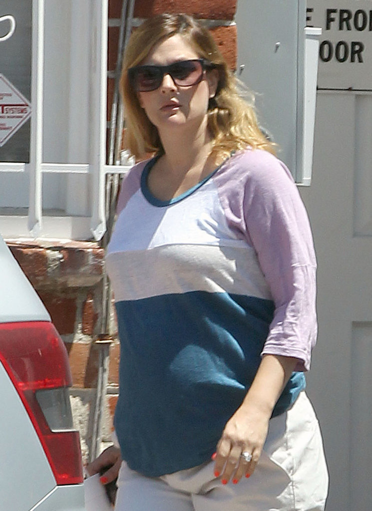 Drew Barrymore got a bright manicure at an LA salon.