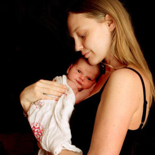 Sasha Pivovarova Baby Daughter Mia Isis Picture