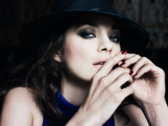 Marion Cotillard Looks Parisian Perfect For Vogue Paris