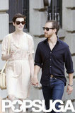 Anne Hathaway and her fiancé walked around NYC.