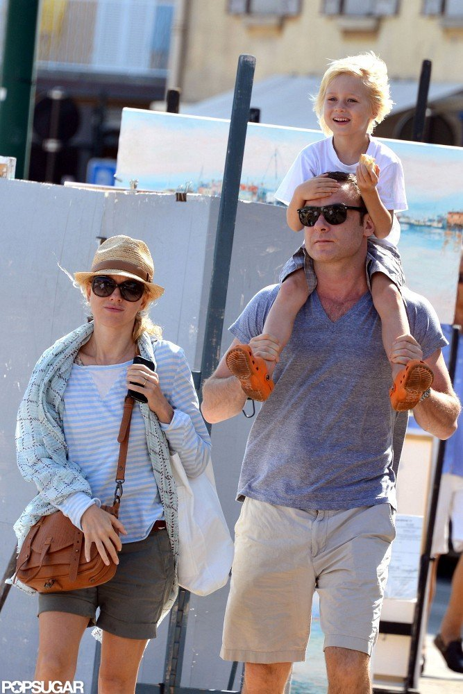 Naomi Watts, Liev Schreiber, and their sons Sasha and Samuel took a family vacation in the South of France in July 2012.