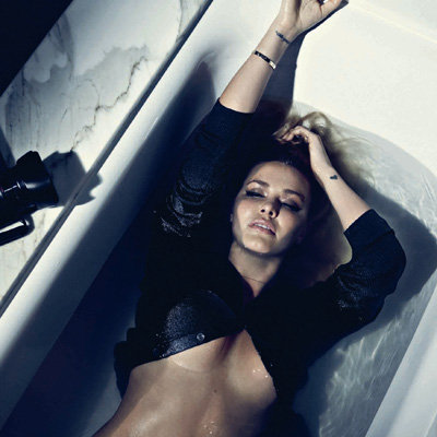 Sexy Lara Bingle Shows Skin in GQ Australia Magazine Photo Shoot