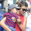 Miranda Kerr Walking With Flynn Bloom | Pictures