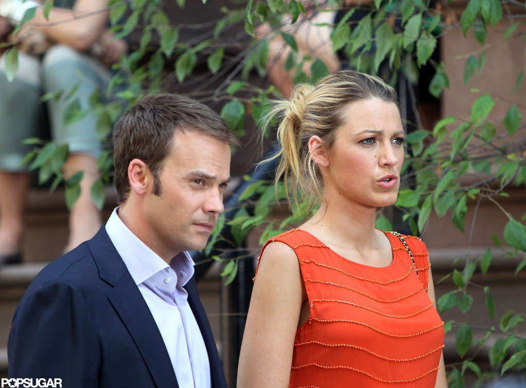 Blake Lively and Barry Watson were spotted filming a scene together in NYC.