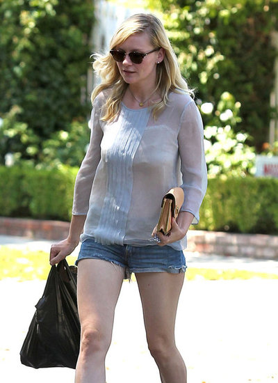 Kirsten Dunst makes a stop at a convenience store in Toluca Lake, CA.