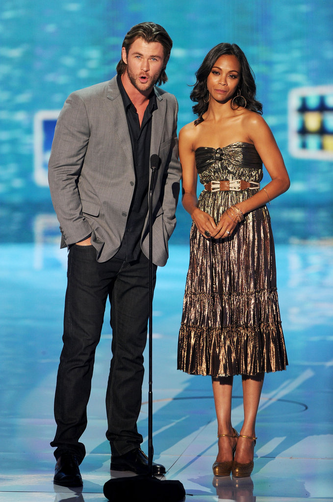 Chris Hemsworth and Zoe Saldana presented an award on stage together for the 2011 show.