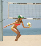 AnnaLynne McCord played volleyball in a bikini on an LA beach.