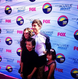 Kevin McHale brought his family onto the carpet. Source: Instagram user kevinmchale