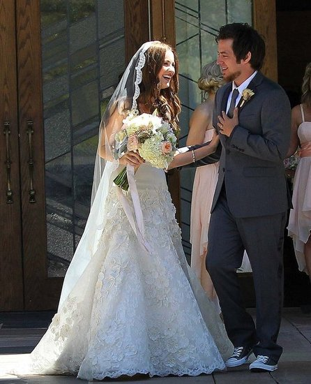 American Idol Wedding — See Lee DeWyze and His Bride's Big Day!