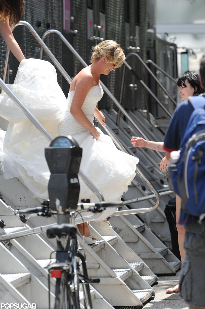 Amy Poehler wore bridal white.