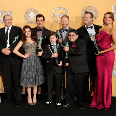 Modern Family Cast Sue Twentieth Century Fox Television