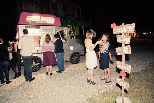Consider Renting Food Trucks