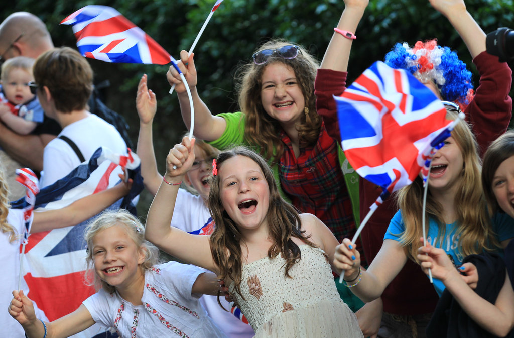 Young fans waved their flags in Winchester, England.