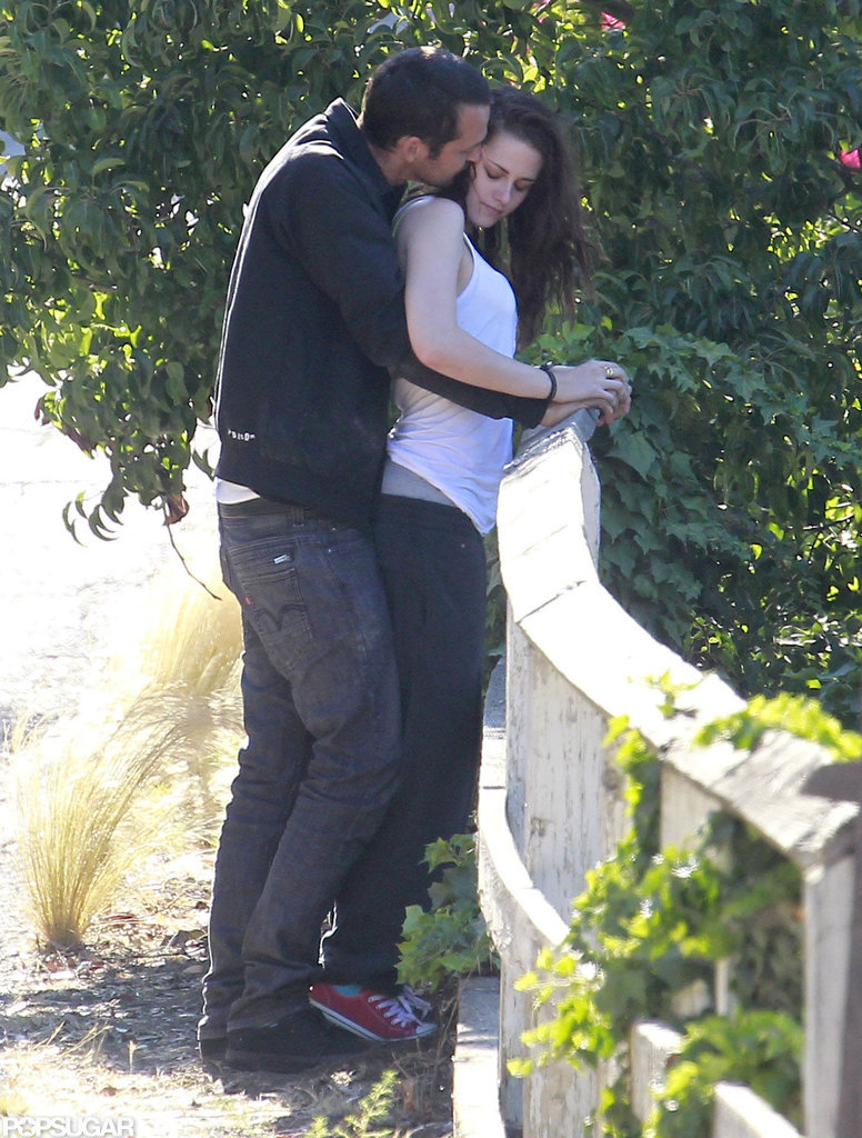 Rupert Sanders kissed Kristen Stewart's cheek.