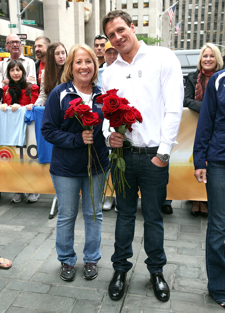 Aw . . . Ryan gave his mom some roses in 2012.