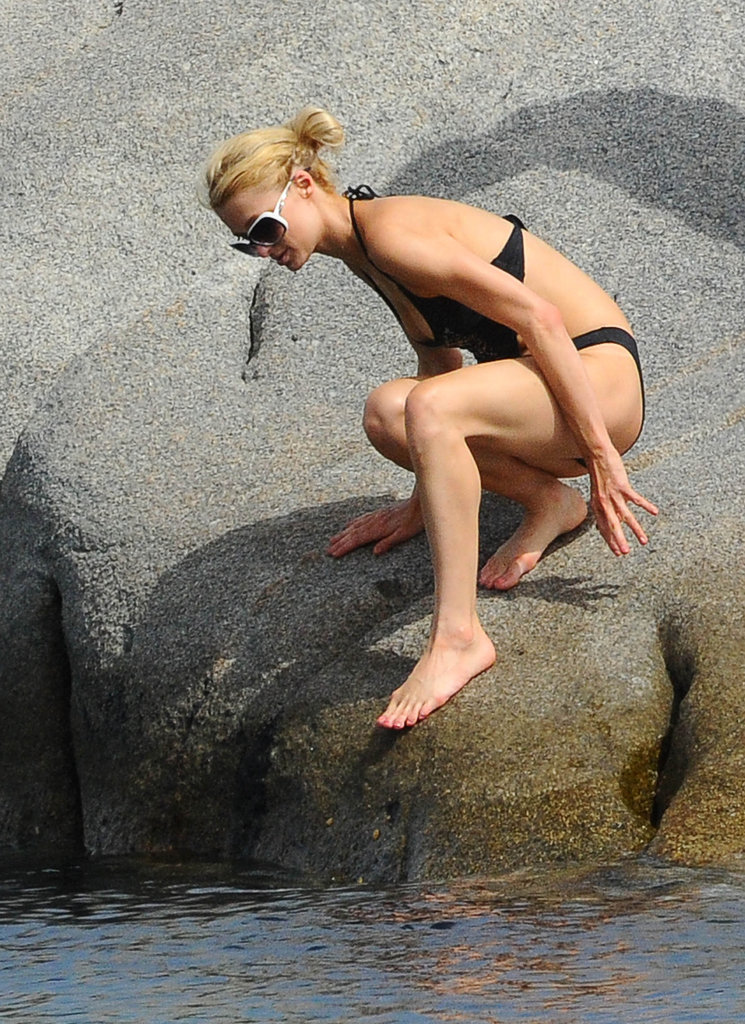 Paris Hilton climbed into the water.