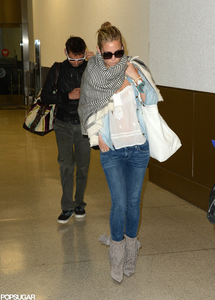Kate Hudson and Matt Bellamy began their vacation.