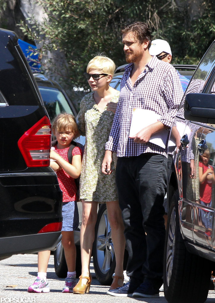 Michelle Williams and Jason Segel accompanied Matilda to gymnastics in LA.