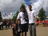 Nathan Adrian posed with his coach's two sons. Source: Twitter user Nathangadrian