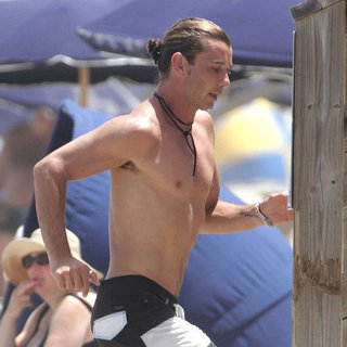 Gwen Stefani and Shirtless Gavin Rossdale Vacation Pictures