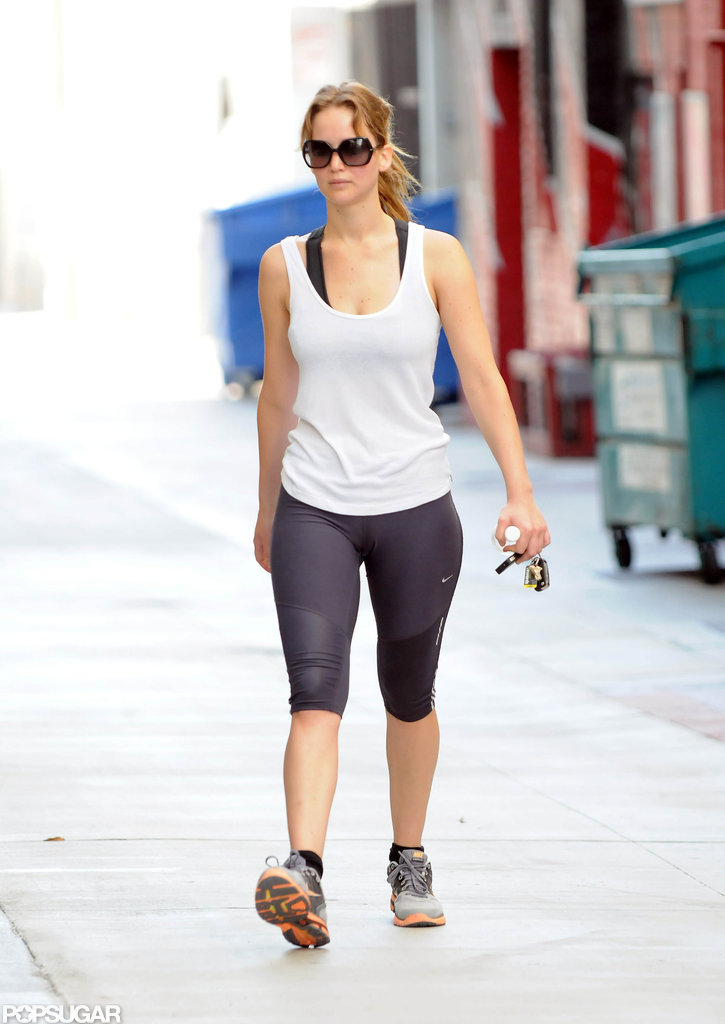 Jennifer Lawrence carried a water bottle and her keys in her hand.