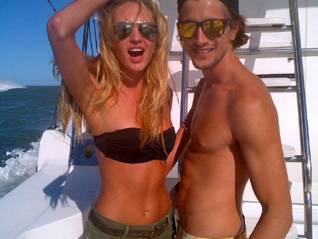 Candice Swanepoel spent a day at sea with a friend. Source: Twitter user angelcandice