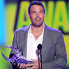 Ben Affleck Do Something Awards Pictures