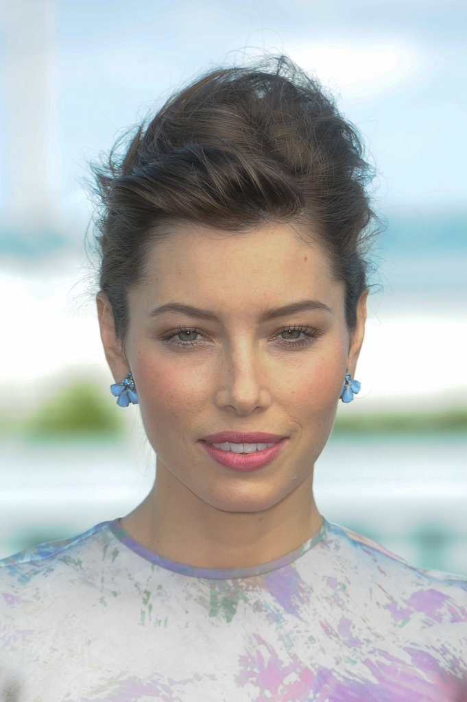 Jessica Biel smiled at the Total Recall photocall in Berlin.