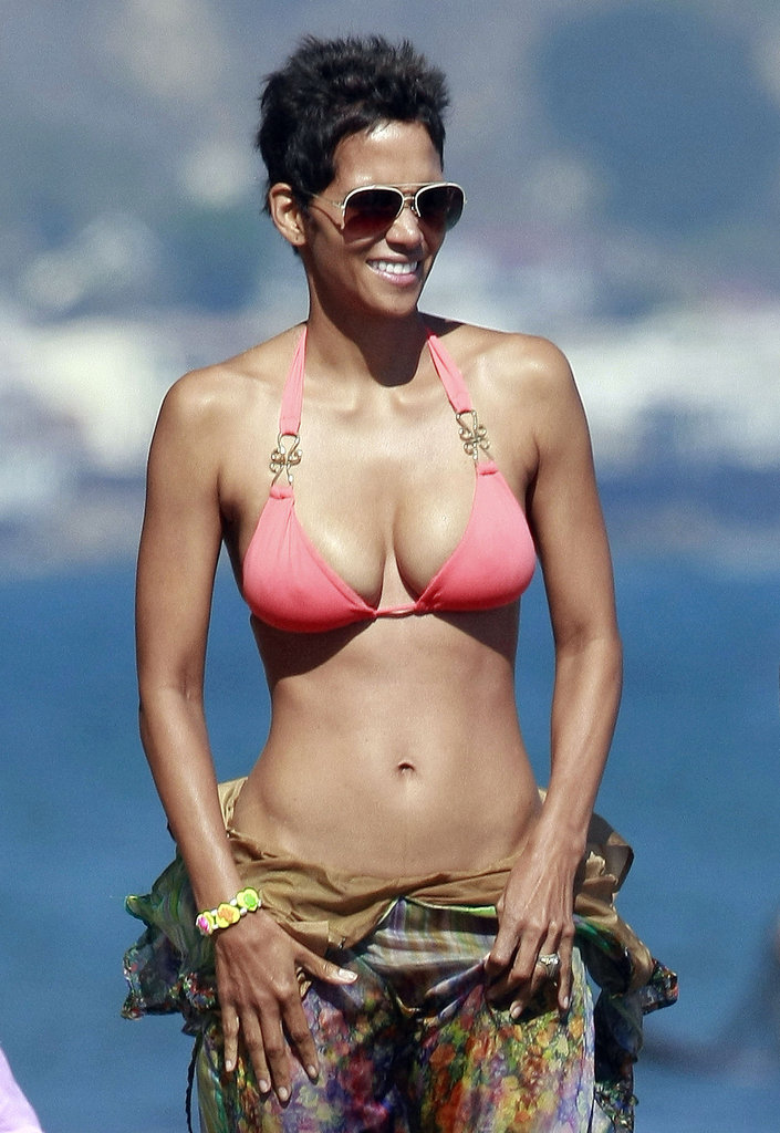 47 Never Looked So Good: Halle Berry's Birthday Bikini Workout