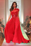Miranda Kerr walked the runway in a gorgeous David Jones 2012-2013 dress.